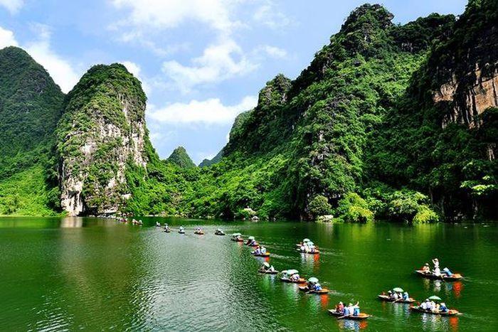 Ninh Bình: Tạm hoãn Lễ hội Tràng An 2021 để phòng dịch COVID-19