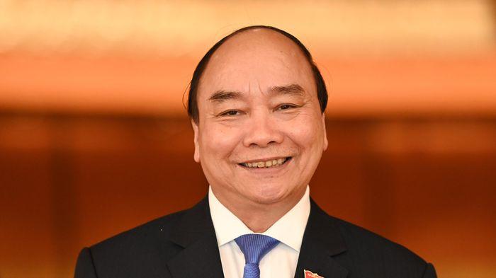 Ông Nguyễn Xuân Phúc tái đắc cử chức Chủ tịch nước