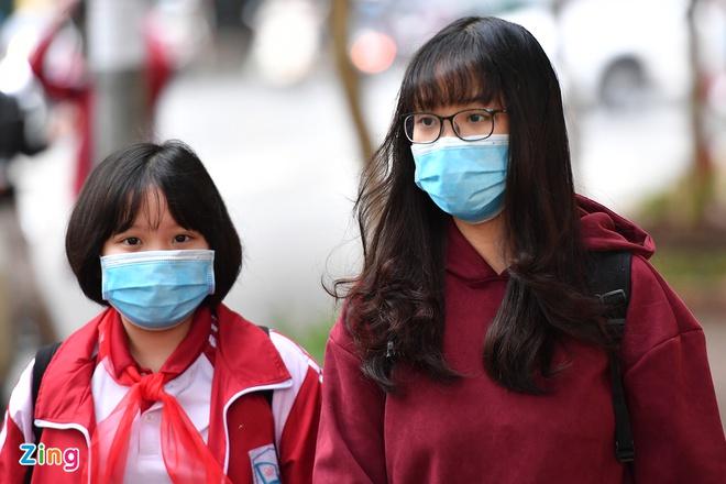 Học sinh tại vùng nguy cơ dịch thấp và trung bình được đến trường