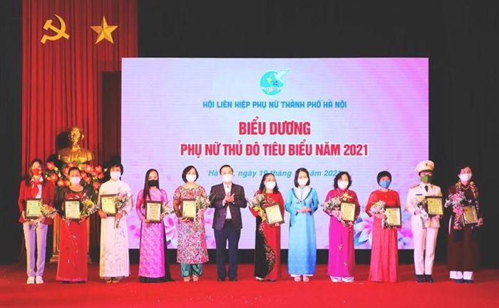 10 gương mặt nhận danh hiệu Phụ nữ Thủ đô tiêu biểu năm 2021