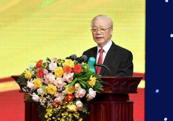 Tổng Bí thư: Tiếp tục nỗ lực làm tốt vai trò huyết mạch nền kinh tế