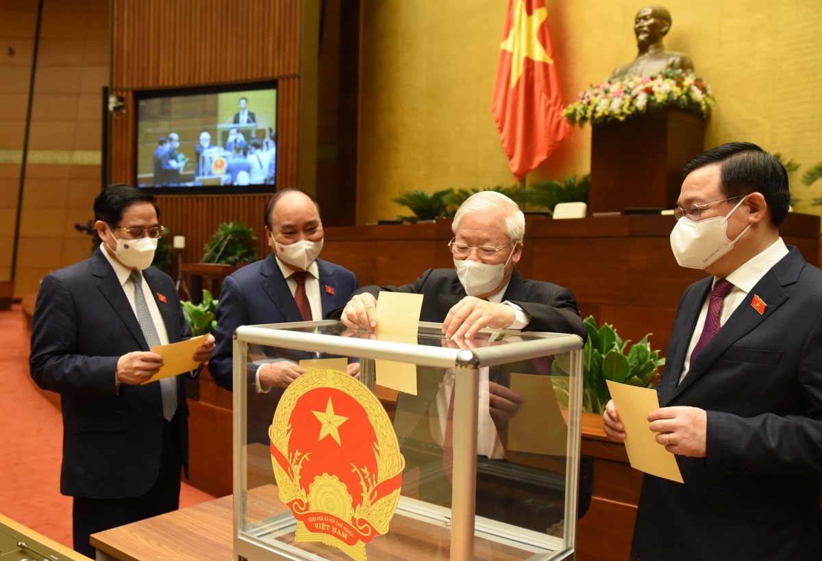 Quốc hội phê chuẩn 4 Phó Thủ tướng, 22 Bộ trưởng, trưởng ngành nhiệm kỳ 2021-2026