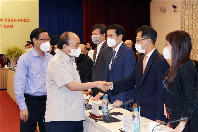 Chủ tịch nước Nguyễn Xuân Phúc gặp mặt Hội Doanh nhân trẻ Việt Nam